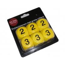 Dobbelstenen met grote cijfers geel